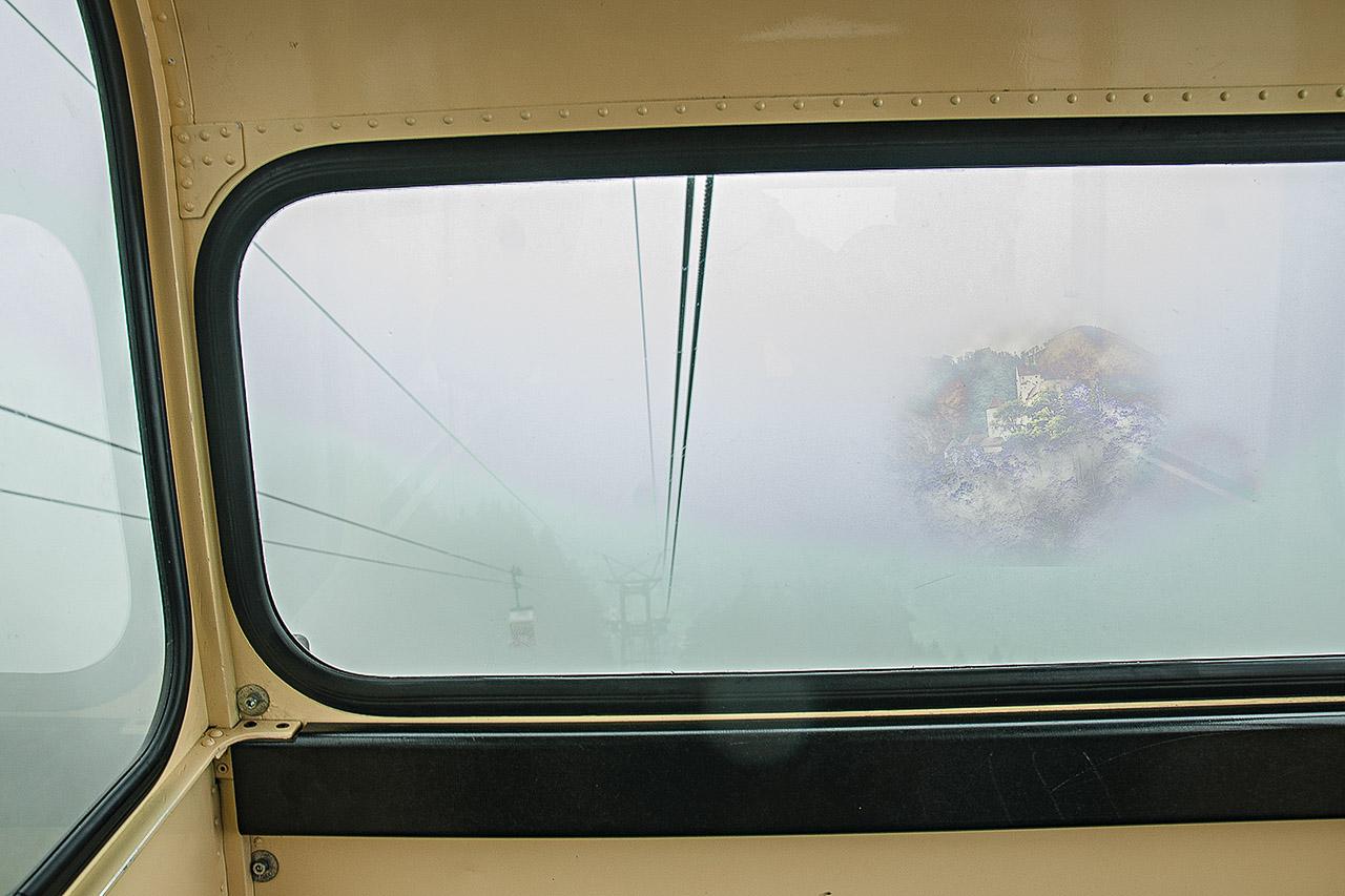 Kampenwand im Nebel
